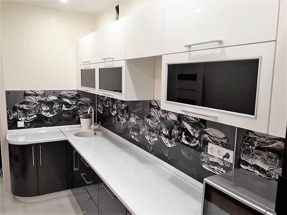 Скинали для черно белой кухни фото